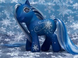 snowflake custom by savvyfarrier
