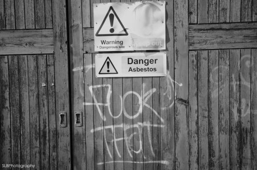 Warning Signs by shannonBAKERx