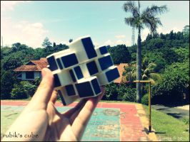 Rubik's Cube by thesimplyme