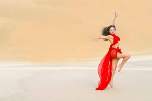Sanddune Dancer by Ozphotoguy