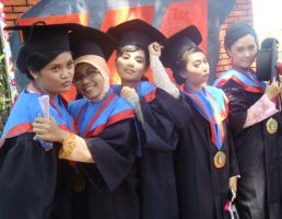 Graduated 5 by Wilwatikta