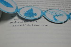 I am selfish. I am brave. - Divergent by StartANewLif3