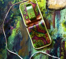 iPod owt by ThimbleBostitch