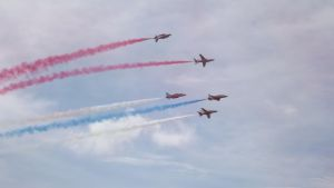 Red Arrows (perform) (15) by Dan-S-T