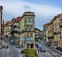 Cloudy Day In Porto by squezeetheworld
