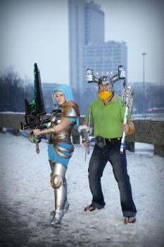 League of Legends : Riven and Olaf by Shappi