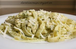 Pasta pesto with ricotta and chicken by China-Dolly