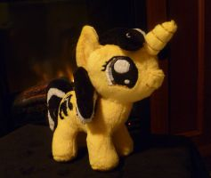 Hufflepuff Pony by caashley