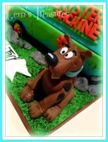 Fondant Scooby Doo! by gertygetsgangster