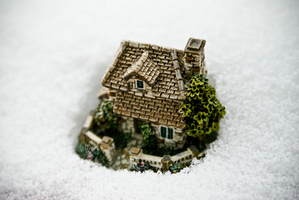 Snow Comes To Lilliput by Siobhan-W