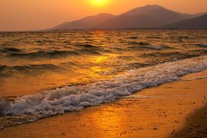 Gold sunset by papadimitriou
