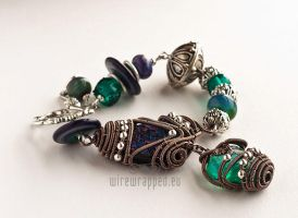 Teal and purple bracelet by ukapala