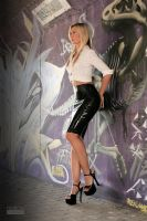 Danca Black Zipskirt White Blouse 02 by malkiss
