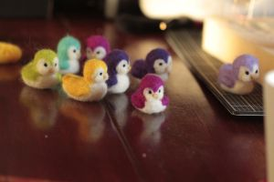 felted little birds by Aure-En