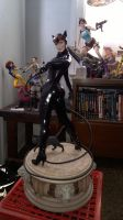 SideShow: Catwoman Premium Statue :3 by LaraLuvsMe