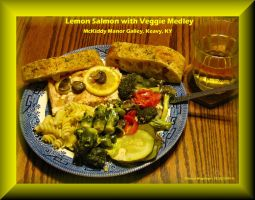 Lemon Salmon with Veggies by slowdog294