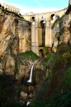 The Puente Nuevo bridge in Ronda by samtheartman