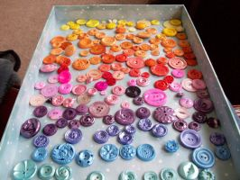 Handpainted Hand-dyed Vintage Buttons by annjepsen