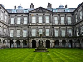 Holyrood Palace by Sonia-Rebelo