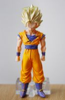 Goku Figure by Roxi-art