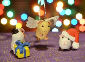 Christmas Piggies by Bordowa