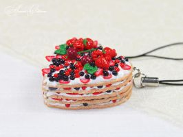 Berry heart by OrionaJewelry