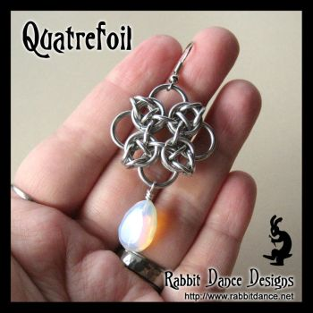 Quatrefoil Earrings by crazed-fangirl