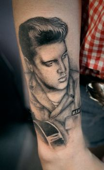 Elvis by tainted-orchid