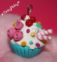 turquoise cupcake pendant by tinkypinky