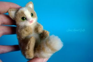 green eyed kitten II by SaniAmaniCrafts