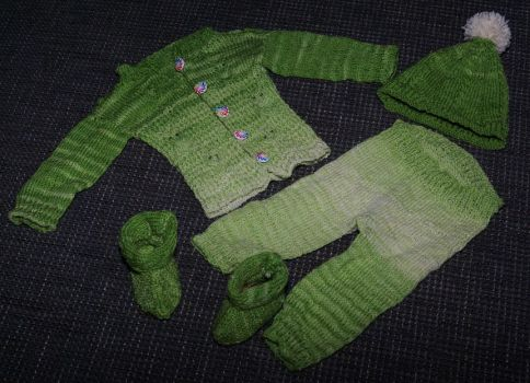 Baby clothes by Narkya