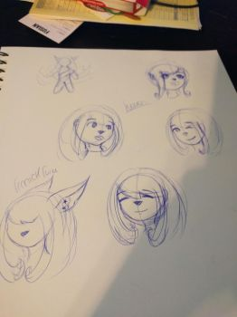 sketching faces! by TragicKiwi