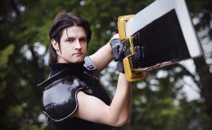 Final Fantasy VII Cosplay by xall