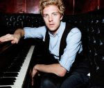 Andrew Belle - Piano Man by Doctor-Pencil