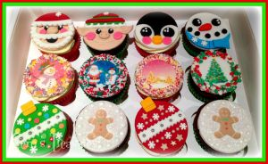 More Christmas Cupcakes by gertygetsgangster