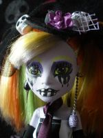 MH OC-Lenore closeup by Bj-Lydia