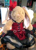 Moulin Rouge bunny by Didaverseend