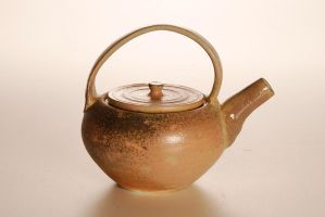 Tea pot by Recycled-Oxygen
