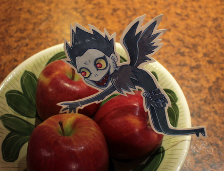 Ryuk and some apples by likos