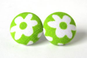 Green flower earrings by KooKooCraft