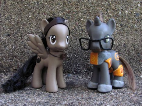 MLP Customs - Half-Life by NocturnalEquine