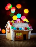 Gingerbread House by lemon66