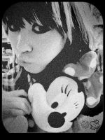 My love for Minnie Mouse- by xJNFR