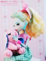 Lagoona and Bunny - Monster High Repaint by PixiePaints