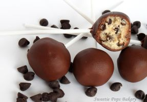 Chocolate Chip Cookie Dough Pops by Sweetiepopsbakery