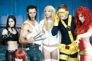 Long Beach Comic Con '12 X-Men Group by LoneShadow-Wolf