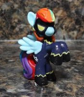 Rainbow Dash Shadowbolt by stripeybelly