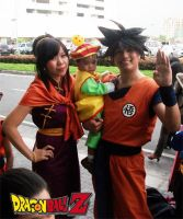 Son Goku Family by jeffbedash325