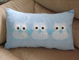 Three Owls Holding Hands by JustCraftIdeas