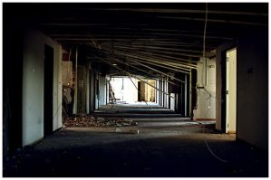 st.Andreas hospital hallway by damnengine